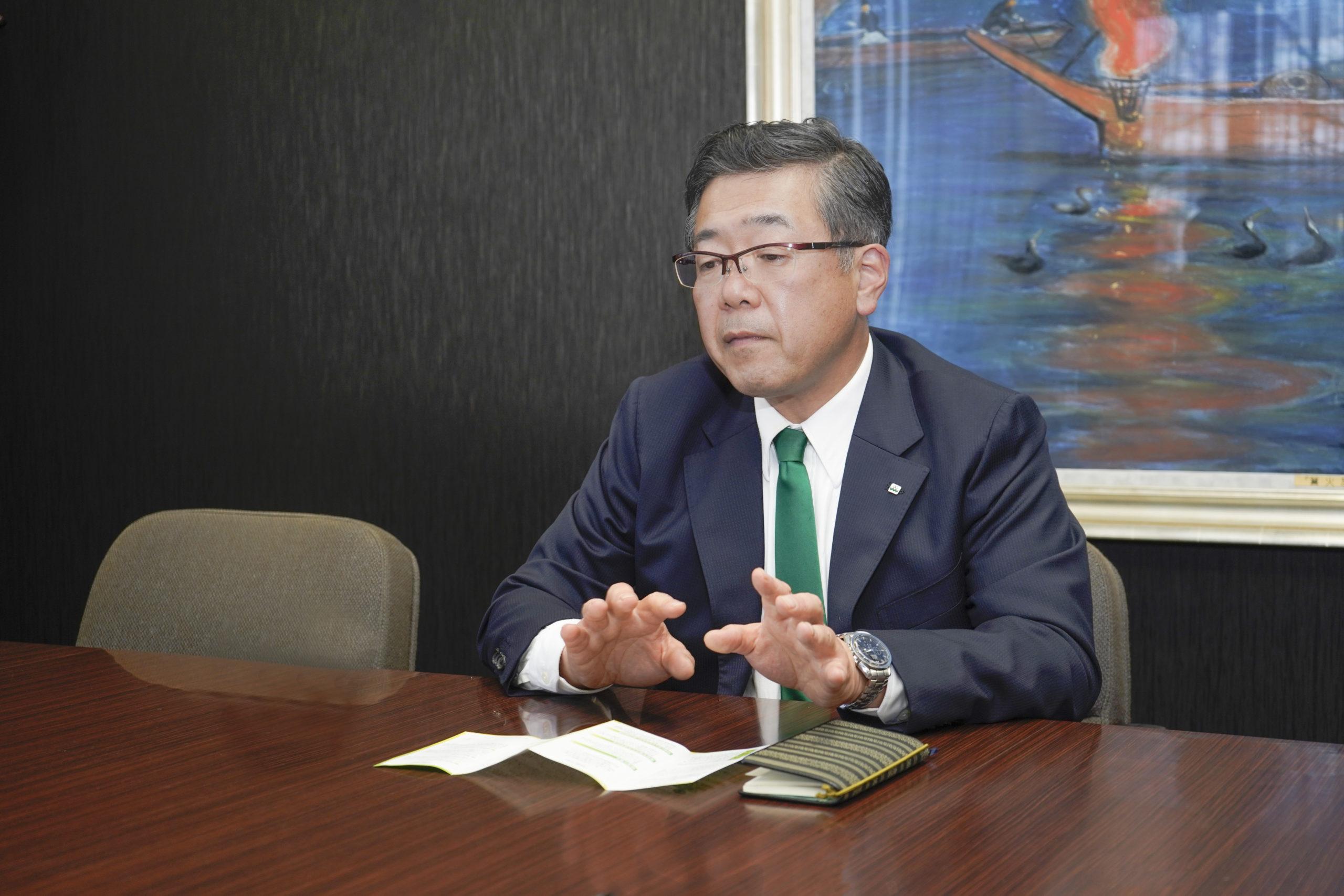 経営理念について説明してくださる冨永社長